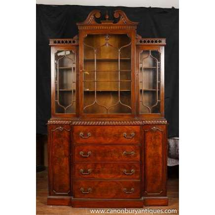 Mahogany-Bookcases-Chippendale_4A23B26C.jpg