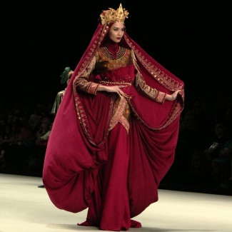 Dian Pelangi - Indonesia Fashion Week 2014 - Kingdom of Indonesia - Muslimwear (4)